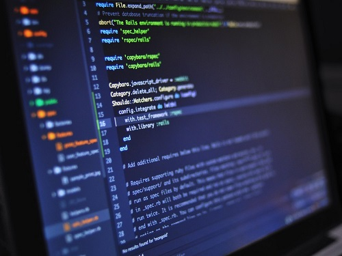 10 Programming Languages And Examples Of Their Uses